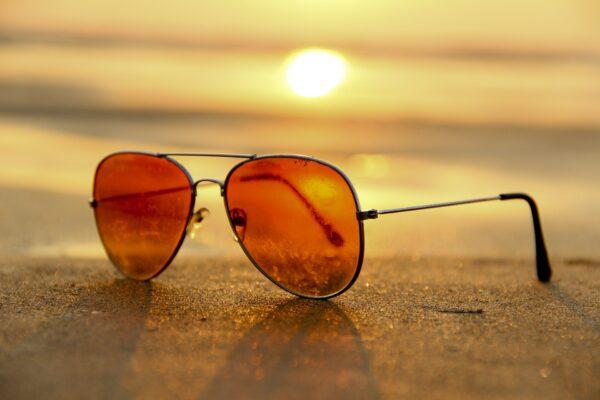 Solbriller på strand